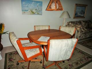 7520 Ridgewood Ave Unit #509 :: Cape Canaveral Vacation Rental