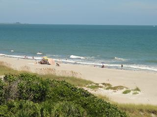 7520 Ridgewood Ave #601 :: Cape Canaveral Vacation Rental