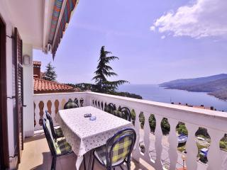 TH00631 Apartments Nenada / A3 Green Apartment, Rabac