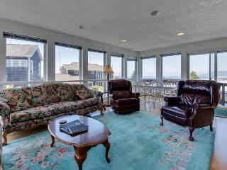 Gorgeous ocean views, space for 9 in this hilltop home, Rockaway Beach