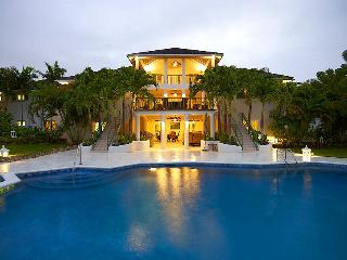 Aliseo, Sandy Lane - Ideal for Couples and Families, Beautiful Pool and Beach