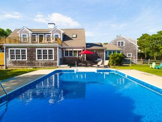 LINEM - Wintucket Cove House, Heated Pool,  Edgartown Great Pond Frontage, Boat