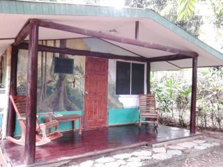 Cabina de manglar en La Chosa del Manglar, Puerto Jimenez