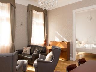 Mozart apartment in VI Terézváros {#has_luxurious…, Budapest