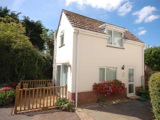 EXMOU Cottage in Exmouth, Newton Poppleford
