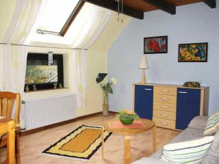 Vacation Apartment in Rheda-Wiedenbrück - 592 sqft, bright, comfortable, active (# 7722)