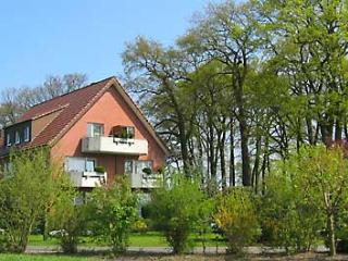 Vacation Apartment in Lippstadt - clean, internet, washer and dryer included (# 775)