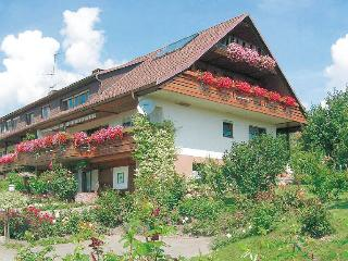 Vacation Apartment in Weilheim (BW) - 484 sqft, 1 bedroom, max. 2 persons (# 8032)