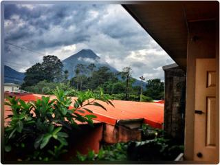 Volcano View Apartment, La Fortuna de San Carlos