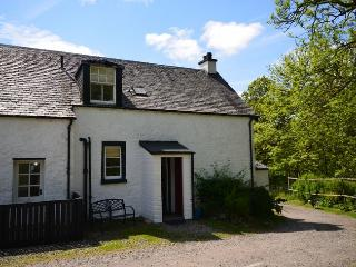 ST51M Cottage situated in Aberfoyle (4mls NW)