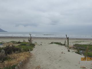 CASITAS 3 BED 3 BATH OCEAN FRONT, Ensenada