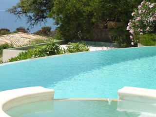 Dartagnan 93762 villa with swimming pool with Jacuzzi, 300 mtr. from beach, Le Rayol-Canadel