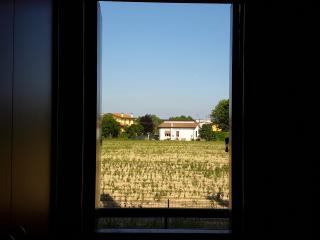 Sunny House, Legnaro