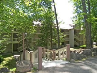 RD103- Managed by Loon Reservation Service - NH Meals & Rooms Lic# 056365, Lincoln
