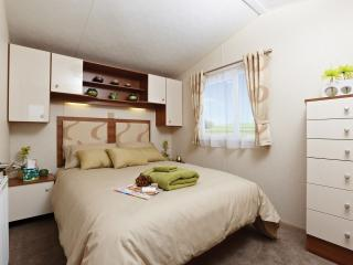 Caravan Holiday Home sleeps 4 to hire Perthshire, Blairgowrie