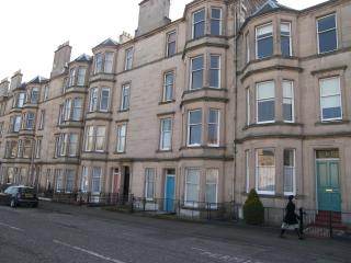 2F/1, 13 Comely Bank Terrace, Edinburgh EH41AT