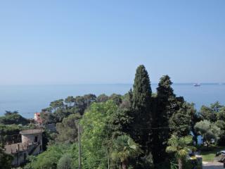 Attico Blue Line, Fiascherino