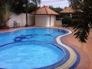 Villa Pattaya Jontien beach pour 4 personnes