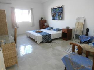 Guesthouse B & B Villa Calliandra room 1a, Bijilo