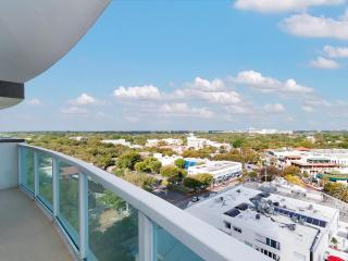 RENT FROM OWNER AND SAVE AT SONESTA COCONUT GROVE!, Miami