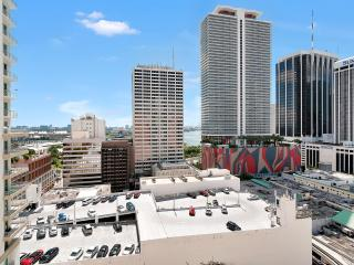 THE LOFT 2 – IN HEART OF DOWNTOWN MIAMI, FREE PARKING!, Miami