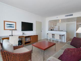 NICE & SPACIOUS 2BD/3BA W/ PRIVATE BALCONY