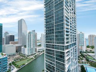 Luxurious 1/1 at Icon/Brickell only $139 thru 9/1!, Miami