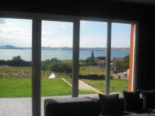 Casa Anjalar, WIFI, a 300 m de la Bahia de Santander, prox a golf y playas