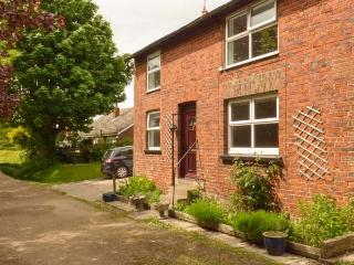 THE OLD MILL COTTAGE, end-terrace, woodburner, pet-friendly, enclosed garden