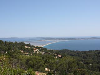Villa en colline avec vue mer exceptionnelle