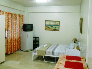 With KITCHEN Fully Furnished Room for rent in Cebu, Cebu City