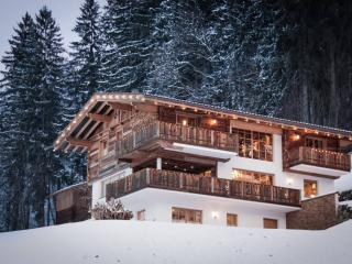Luxury Chalet in Zillertal with sauna, Hart im Zillertal