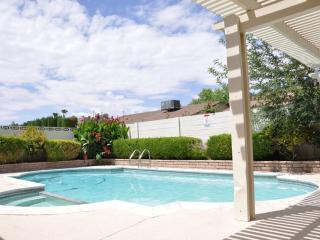 Stunning 3 Bedroom Home Close to Airport/strip, Las Vegas