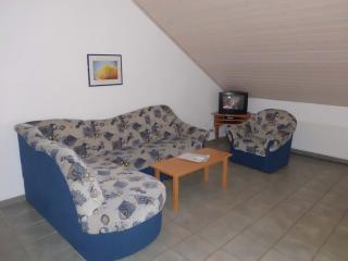 Vacation Apartment in Sonsbeck - 807 sqft, beautiful, bright, tastefully furnished (# 8579)