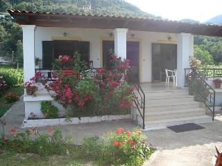 Seaside apartment for 2-3 p 50 meters from beach, Agios Gordios