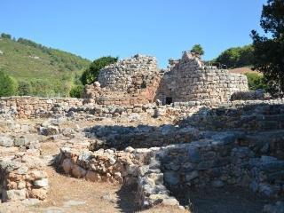 Beautiful in OLD TOWN, one step to sea. Alghero. True feeling of Sardinia!