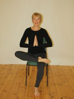 Yoga for everyone with retreat leader Tina