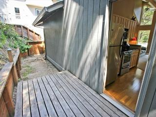 LATITUDE 45~MCA# 30~Cute and cozy home nestled on a quiet street