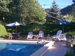 Canigou Lodge -  Gite in beautiful surroundings. Extra accommodation on request.