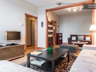 Superb 3-bedroom apartment in Ho-Ma, Montreal