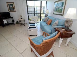 One bedroom condo at the Sundial Beach Resort, Sanibel Island