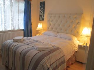Holiday home IN QUIET AREA ( 55 euro per day), Caherconlish