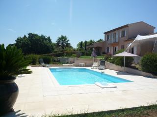 Villa avec piscine et vue sur mer F76, Saint-Tropez