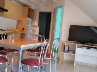 Appartement, beau design, plage 200 m, BRETAGNE -A