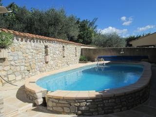 VILLA PROVENCALE avec terrasse et piscine, Vinsobres