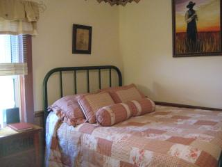 Charming No Place Like Home Room sleeps 3