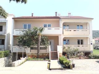 Apartment Marija 1, Punat