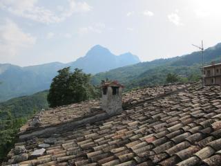 Gran Sasso e Monti della Laga, Isola del Gran Sasso d'Italia