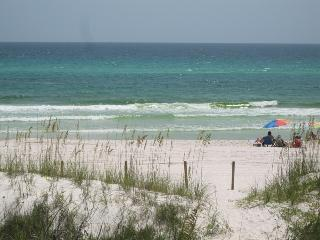 Gorgeous Views of Gulf of Mexico from 2 Bedroom at Emerald Shores, Panama City Beach
