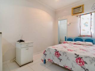 Dois quartos, cozinha e banheiro p/temporada, Cuiaba